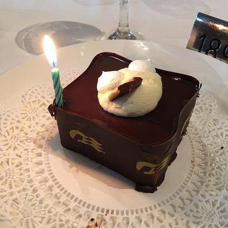 Coral Princess: Birthday cake