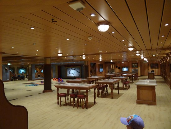 Disney Wonder: Oceaneer Lab