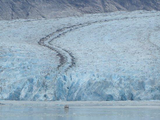 Norwegian Sun: Dawes glacier