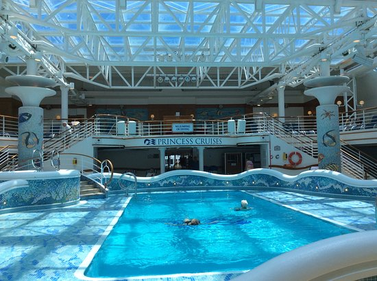 Golden Princess: One of the pools