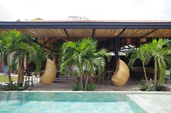 Cali, Colombia: Piscina Bar