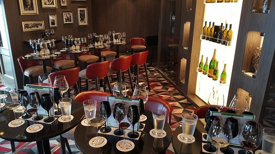 Norwegian Dawn: From our Black Glass wine tasting - loved it, so fun
