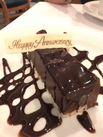 Majesty of the Seas: Susprise dessert!