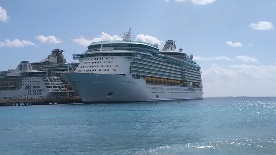 Navigator of the Seas: Stop in costa maya mexico