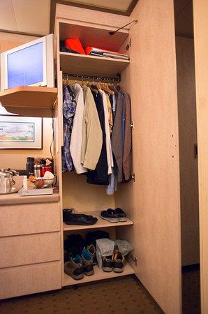 Zaandam: Plenty of closet and drawer space. Closet#1