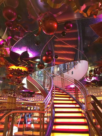 Navigator of the Seas: Stairway from Casino to Promenade