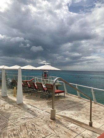 Vision of the Seas: Palace Hotel in Cozumel