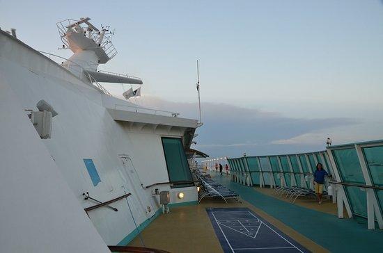 Rhapsody of the Seas: Shuffle board
