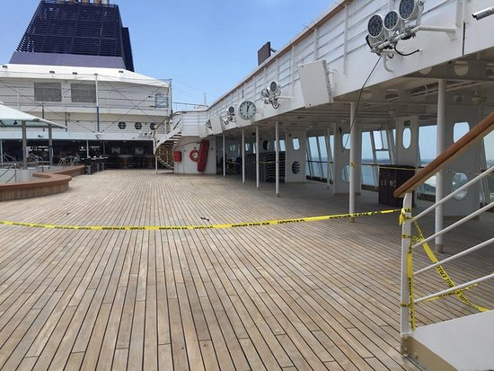 Norwegian Sun: 1/2 of the pool deck was roped off for much of the time.  Construction above.