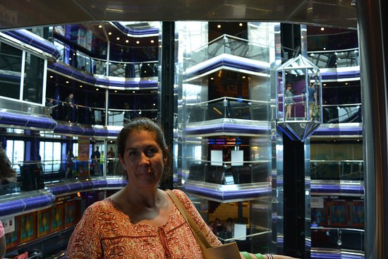 Carnival Sensation: Main Deck