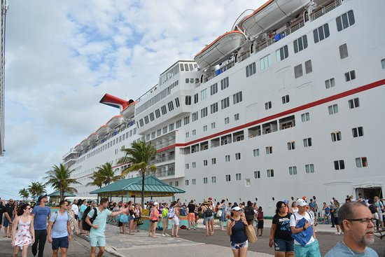 Carnival Sensation: Cruise view from the port