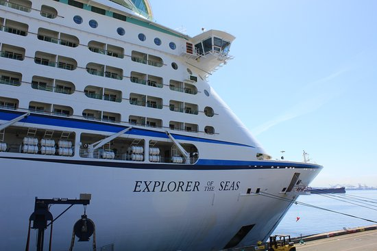 Explorer of the Seas: First view of the ship ready to get on board
