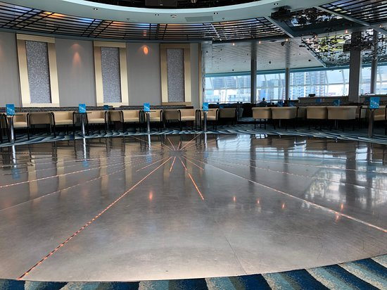 Celebrity Infinity: Constellation Lounge