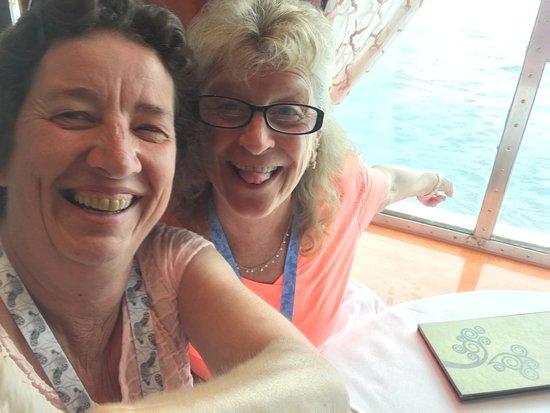 Norwegian Dawn: Selfie