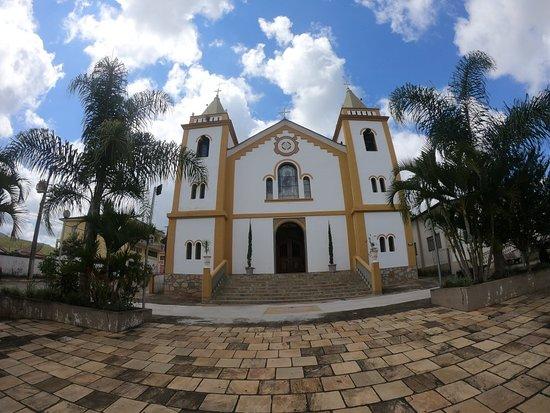 Carvalhos Minas Gerais fonte: media-cdn.tripadvisor.com