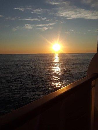 Norwegian Dawn: Sunset