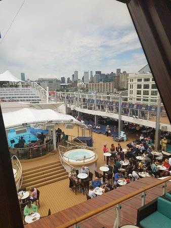 Norwegian Dawn: Penthouse suit. Boston to Bermuda. 2 huge decks, 3 bedrooms. 3 baths. Player grand piano, kitchen, spa hot tub, sauna room. Tanning lounges beds.