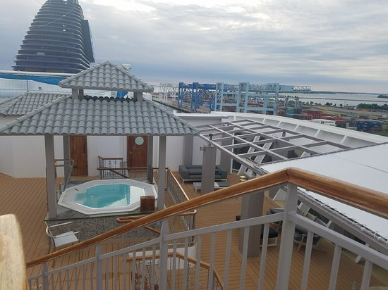 Norwegian Dawn: Spa hot tub and looking down upon lower of the 2 decks