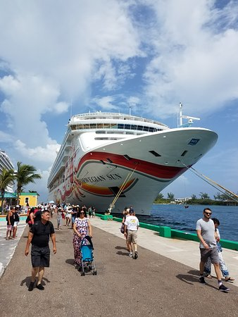 The Norwegian sun at the Bahamas