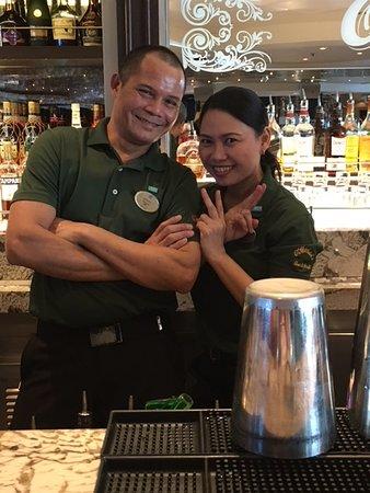 Norwegian Dawn: Juanto and Mary (O'Sheehan's)