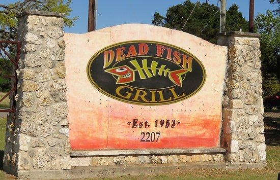 Dead Fish Grill: signage