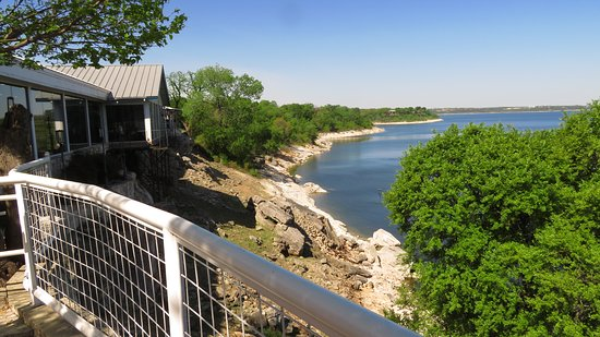 Dead Fish Grill: view of Belton Lake