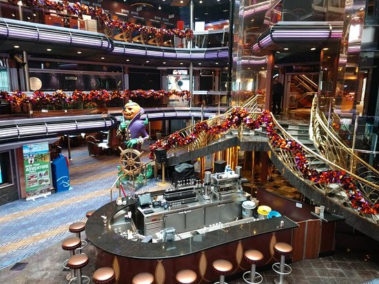 Carnival Fascination: Atrium on Fascination with Jack the Pumpkin Pirate!