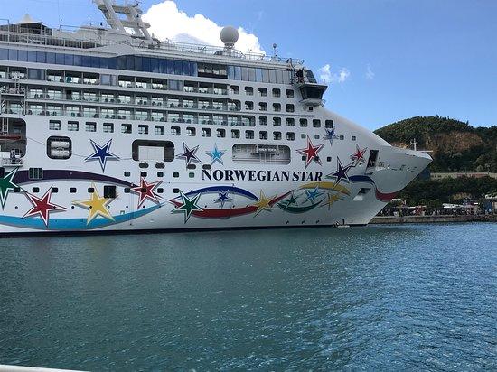 Norwegian Star: The Star in port