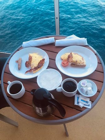 Brilliance of the Seas: Breakfast on our balcony.