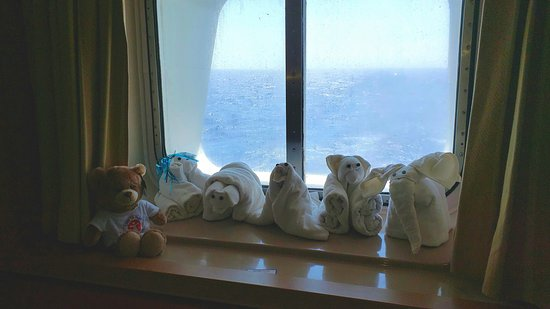 Carnival Fantasy: Window in M269 aft stateroom