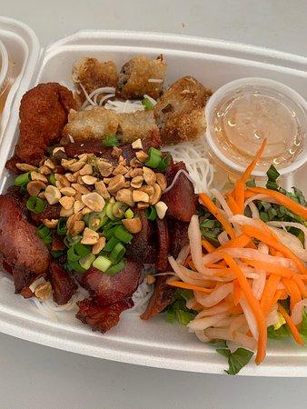 Le's Sub: Rice vermicelli Grill Pork