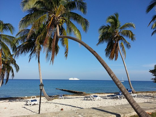 Memories of our excursion to Maria La Gorda Beach, in Pinar del Río, Cuba.  Maria La Gorda  is conceived especially for divers, although it is a wonderful option for eco tourists and vacationers looking for a quiet and isolated place.