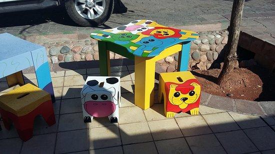 Lujan de Cuyo, الأرجنتين: Divertidos mini muebles