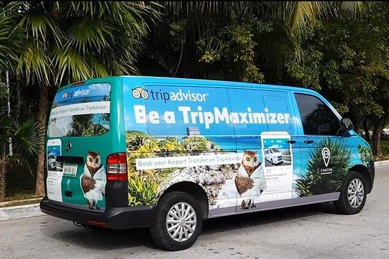 Privat Cancun Round-Trip...
