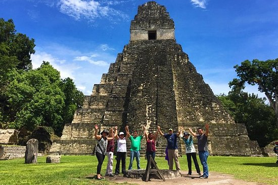 UNESCO JEWELS: Tikal One Day Tour fra...