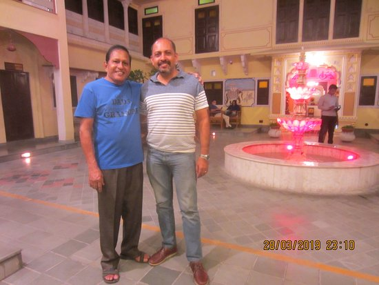 Karma Haveli: With my old friend Jaison RGM from Royal Karma Palm Kumarakom