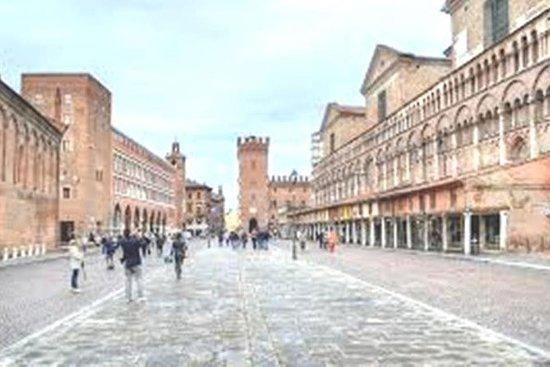 Ferrara Tour of Must-See attraktioner ...