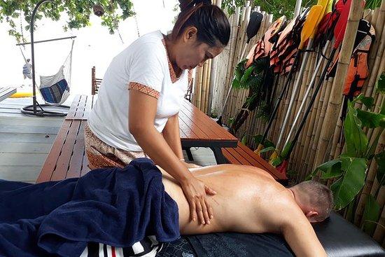 Masaje con aceite en casa