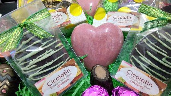 Speciale Pasqua, Uova Gourmet e Cioccolatini di vari gusti