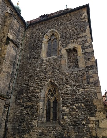Staromestske namesti: St Martin In The Wall Church in the Old Town