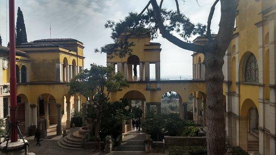 Il Vittoriale degli Italiani: Piazzetta Dalmata