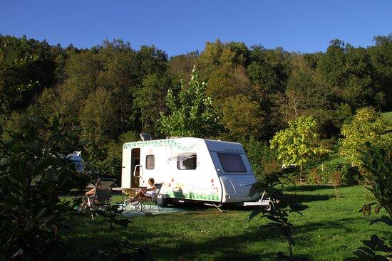Emplacement  - Picture of Camping L'Arize, La-Bastide-de-Serou