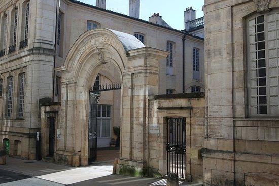 Hôtel de Senecé