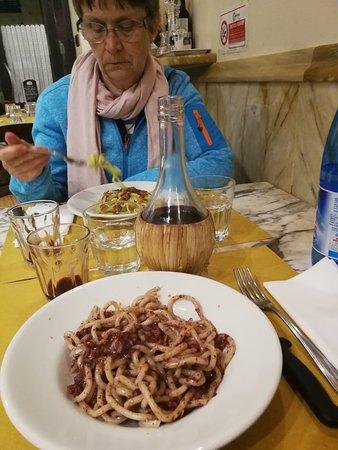 Fischi per Fiaschi: Pici al Buristo (Blutwurst)