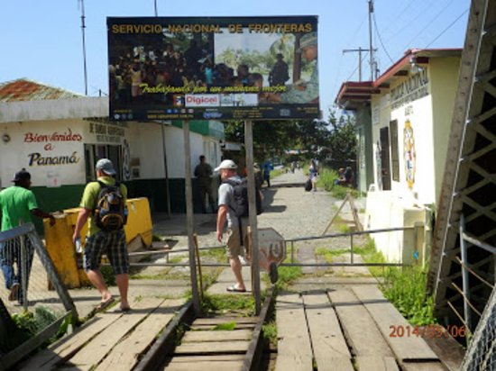 Sixaola, Costa Rica: Boarder  crossing  Costarica - Panama