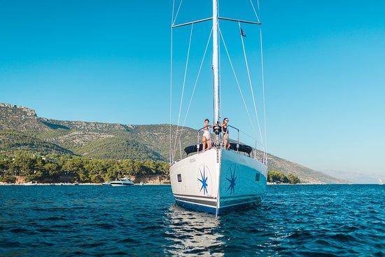 Navigare Yachting yacht