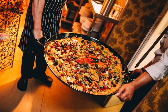 Arta: Spanish Dining Experience