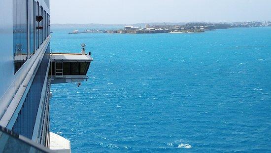 Norwegian Breakaway: NCL Breakaway entering Kings Wharf Bermuda