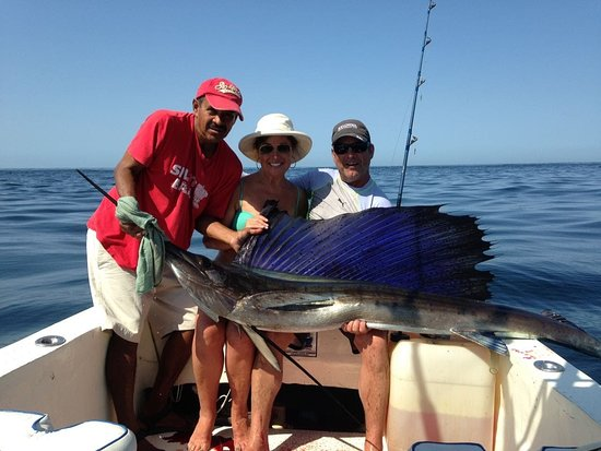 Awesome fishing  day with Hugo and his amigos from Kelowna,Canada. Finally got a beautiful sailfish after couple times of trying, hasta la vista Glenn.