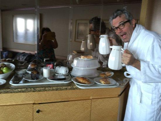 Pacific Eden: Breakfast delivered